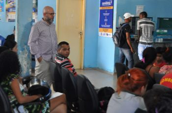 UPA LESTE: Pacientes reclamam de demora no atendimento para Palitot