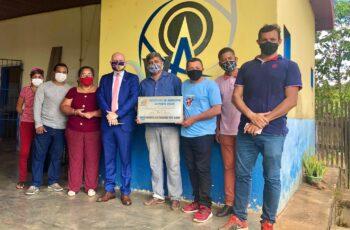 EDUCAÇÃO: Aleks Palitot solicita manutenção e pintura em Escola Municipal